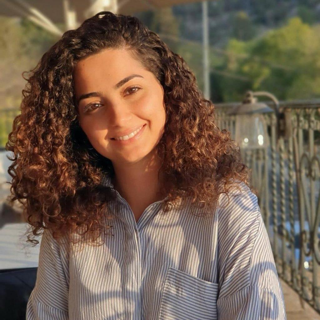 מרים פאעור - יועצת לסטודנטים עם לקויות למידה מהחברה הערבית